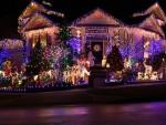 Коледна Украса на Къща